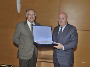 placa-Juan-Ramon